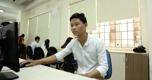 Chàng sinh viên khởi nghiệp để thỏa đam mê với Điện - Điện tử