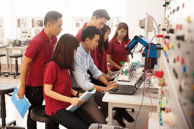 Hiện đại hoá sản xuất để nâng cao năng suất lao động là nhu cầu rất cần thiết