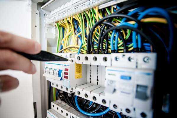 Các trường đào tạo ngành Điện tử Viễn thông